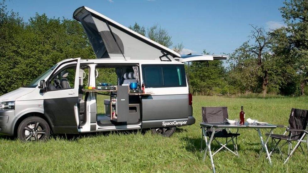 Avansert Campingbilene som ble knust av norske avgifter | ABC Nyheter FF-09